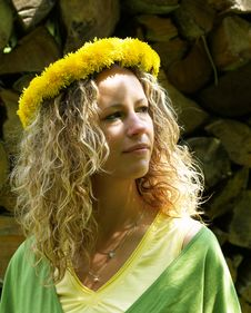 Free Curly Girl With Dandelion Chain Stock Photo - 9579370