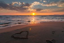 Free Heart In Sand On Beach At Sunset Royalty Free Stock Photos - 95798418