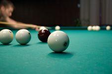 Free Playing Billiards Stock Photo - 9580430