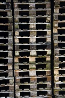 Free Euro Pallets Stock Images - 9583584