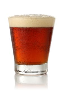 Free Cold Glass Of Beer Over White Royalty Free Stock Images - 9584779