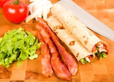 Free Chicken Tortilla Wraps Stock Image - 9586521