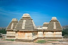 Free Ancient Temple  On The Sacred Hemakuta Hill, Hampi Royalty Free Stock Photos - 9588538