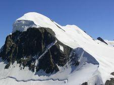 Free Mountainous Landforms, Mountain Range, Nunatak, Mountain Royalty Free Stock Photography - 95834537