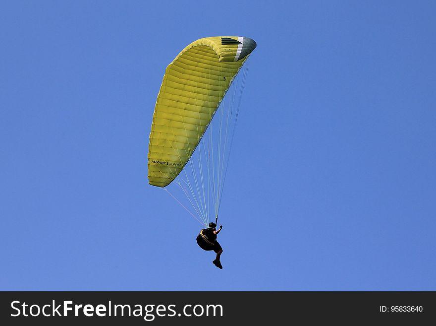 Air Sports, Paragliding, Parachuting, Parachute