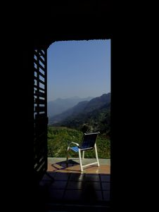 Free Blue And White Empty Armchair During Daytime Outside With Mountain Range Under Blue Sky During Daytime Stock Photo - 95868250