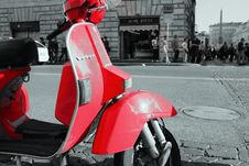 Free Red Vespa Stock Photos - 95868513