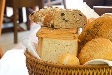 Free Fresh Bread Royalty Free Stock Photos - 9590348
