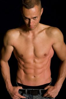 Free Muscular Male Royalty Free Stock Image - 9592436