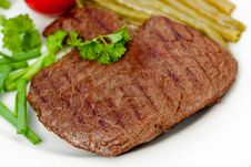 Free Fresh  Sirloin Strip Steak With Vegetables Royalty Free Stock Photo - 9594115