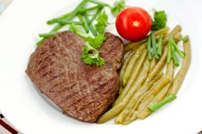 Free Fresh  Sirloin Strip Steak With Vegetables Royalty Free Stock Photo - 9594125