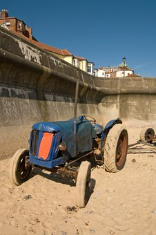 Free Tractor On Beach Stock Images - 9595004