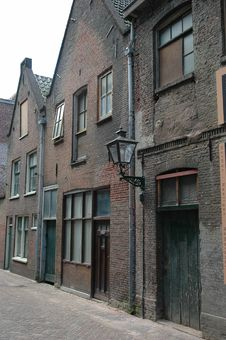 Free Old Street In Leiden Royalty Free Stock Image - 960486