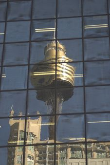 Free Sydney Tower Reflection Royalty Free Stock Photo - 962315