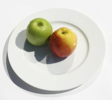 Free Couple Of Fruits (1) Royalty Free Stock Photos - 962568