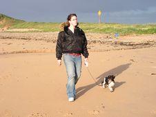 Free Walking The Dog Royalty Free Stock Image - 964566