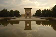 Free Temple Of Debod_front Perspective_lie Down Stock Photography - 966192