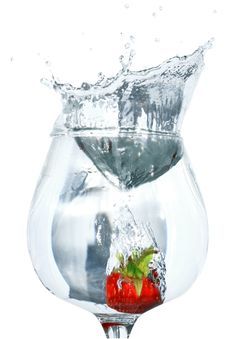 Free Strawberry In Water Royalty Free Stock Image - 9609116