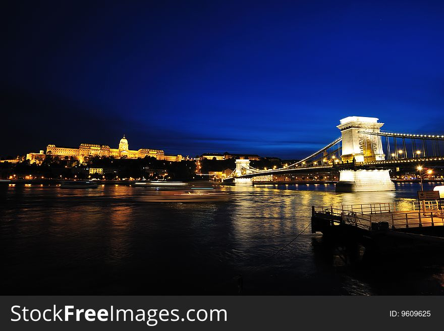 Szechenyi Chain Bridge and Buda Castle at night