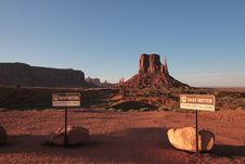 Free West And East Mitten Buttes Stock Image - 96055001