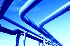Free Industrial Pipelines Against Blue Sky. Stock Images - 9610014