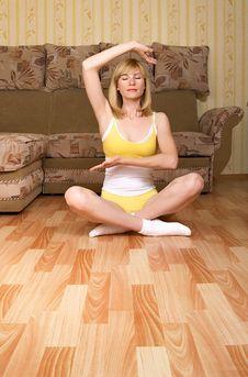 Free Yoga Royalty Free Stock Image - 9616026
