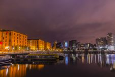 Free Liverpool, England At Night Royalty Free Stock Image - 96113746