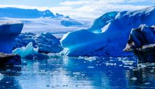 Free Icebergs On Glacial Waterfront Stock Image - 96113961