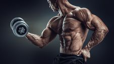 Free Bodybuilder Doing Dumbbell Curl Stock Photo - 96113980