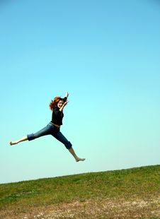 Free The Jumping Girl Royalty Free Stock Photo - 9620425