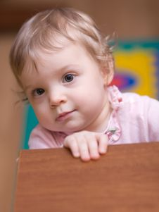 Free Little Girl Royalty Free Stock Photo - 9620615