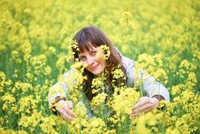 Free Beauty Woman In Flower Field Royalty Free Stock Photo - 9620785