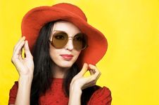 Vintage Woman In Sunglasses And Red Hat Royalty Free Stock Images