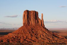 Free Monument Valley At Sunset Royalty Free Stock Image - 9626586