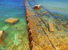 Free Submerged Ruins Of An Old Pier Royalty Free Stock Photos - 9629728