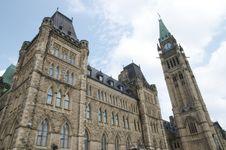 Free Parliament Hill Ottawa Stock Image - 96215681