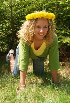 Free Curly Girl With Dandelion Chain Stock Images - 9632334
