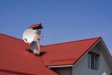 Free House And Antena Royalty Free Stock Photo - 9633075
