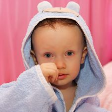 Free Little Boy Dressed In Blue Bathrobe Stock Photos - 9634533