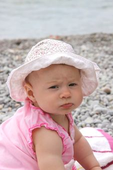 Free Little Girl On The Beach Royalty Free Stock Photos - 9635998
