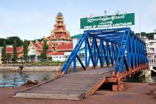Free Border Into Burma Stock Photo - 9638380