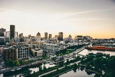 Free The City During Sunrise Stock Photography - 96364932