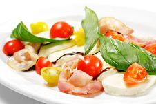 Free Salad - Tomato With Mozzarella Royalty Free Stock Image - 9641996
