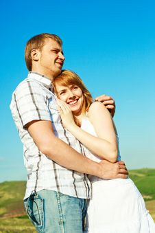 Free Young Loving Couple Stock Photo - 9642120