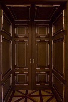 Free Big Golden Door Stock Photos - 9643933