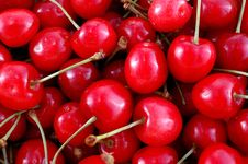 Free Red Cherry Royalty Free Stock Photos - 9644018
