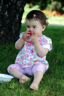 Free Baby Girl In Park Stock Photography - 9646392
