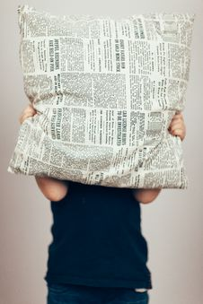 Free Person In Black Shirt Cover His Face With Newspaper Design Throw Pillow Stock Image - 96494411