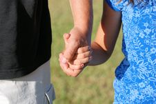 Free Holding Hands Royalty Free Stock Photography - 9652977