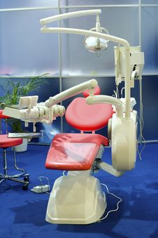 Free Dentist Equipment Royalty Free Stock Image - 9658336
